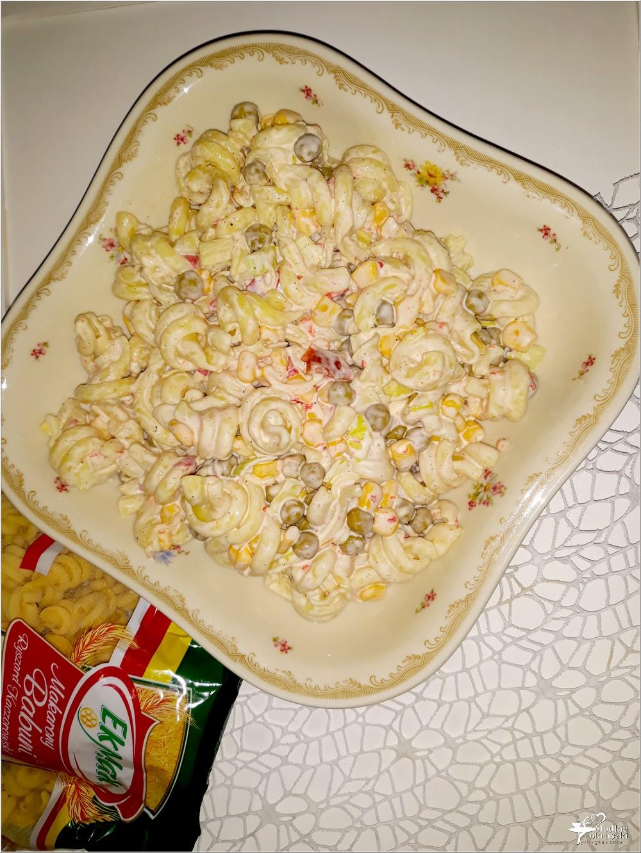 Imprezowa sałatka makaronowa z serem i mieszanką meksykańską (3)