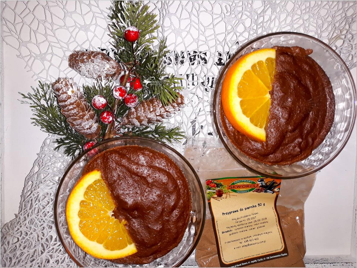 Prosty deser czekoladowy z piernikową nutą (2)