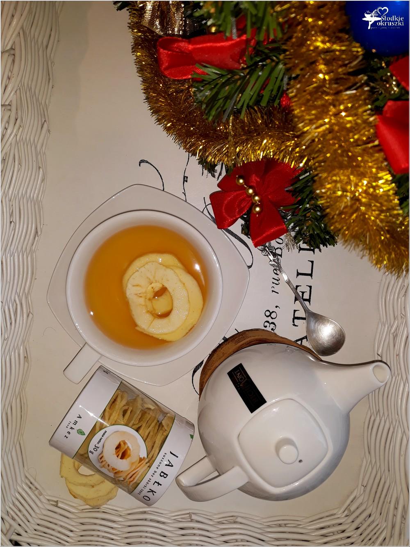 Rozgrzewająca herbata z imbirem i suszonymi jabłkami (2)