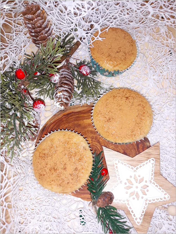Waniliowe muffinki z rodzynkami (2)