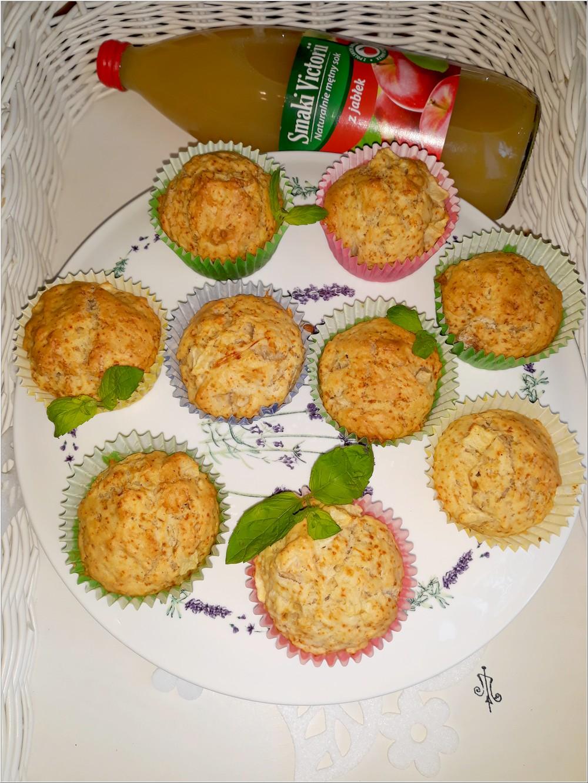 Aromatyczne babeczki na soku jabłkowym (w lżejszej bezmlecznej wersji) (1)