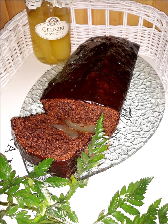 Szybkie ciasto czekoladowe z gruszką (2)
