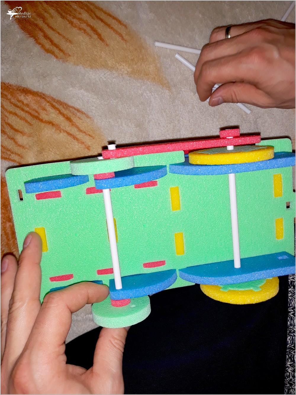 Kolorowe i bezpieczne zabawki dla najmłodszych (z pianki polietylenowej) (10)