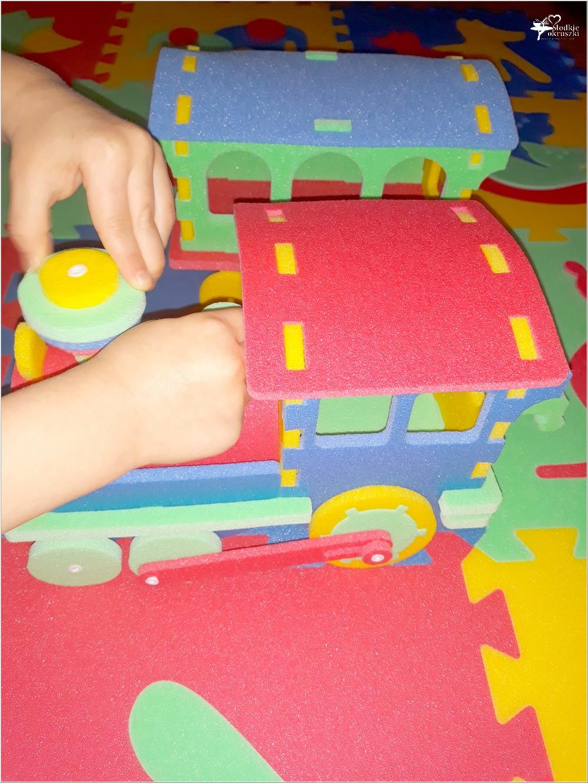 Kolorowe i bezpieczne zabawki dla najmłodszych (z pianki polietylenowej) (3)