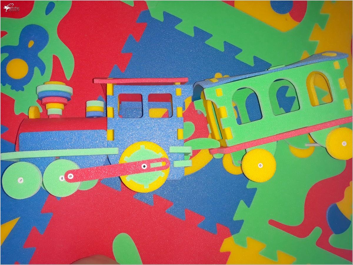 Kolorowe i bezpieczne zabawki dla najmłodszych (z pianki polietylenowej) (6)