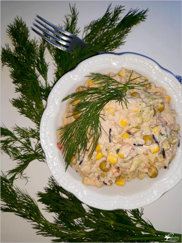 Ryżowa sałatka z tuńczykiem, brokułem i mieszanką meksykańską (2)