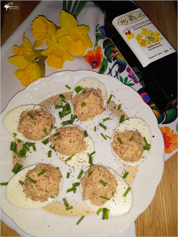 Jajka faszerowane tuńczykiem (z olejem rzepakowym, bez majonezu) (2)