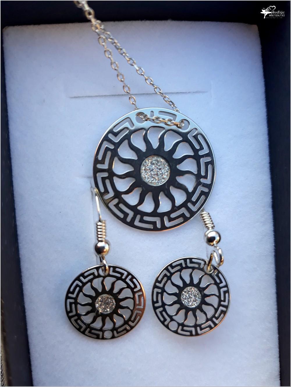 Piękno, szyk, elegancja. Biżuteria ze sklepu jubilerskiego Skarbiec Srebra (część Mennicy Bydgoskiej) (7)