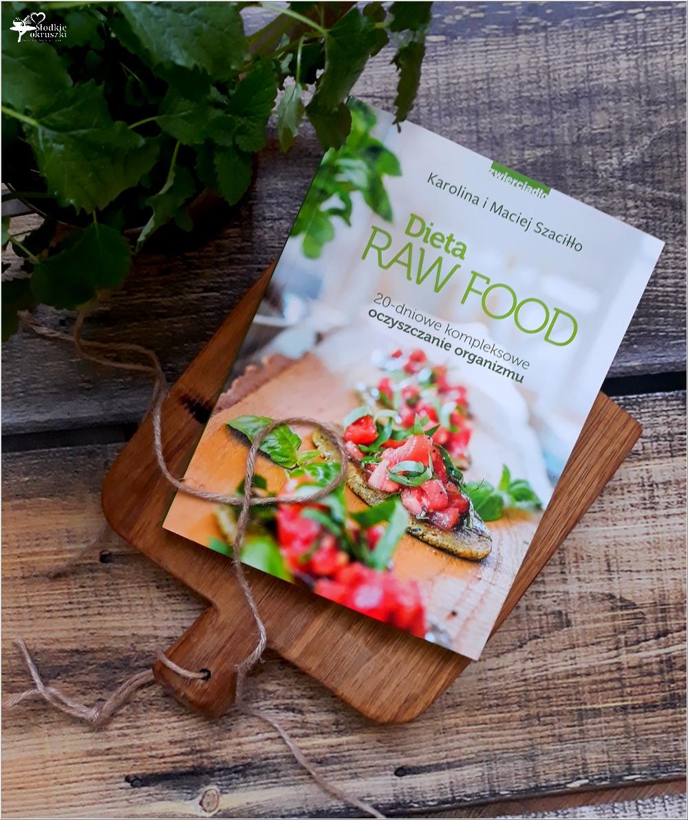 Dieta RAW FOOD. 20-dniowe kompleksowe oczyszczanie organizmu (1)