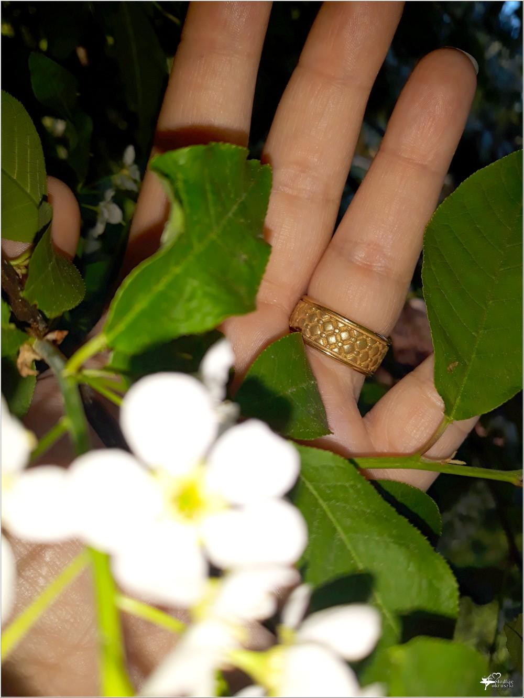 Pozłacana obrączka Chesterfield Gold z kolekcji Kohha Elegance (5)