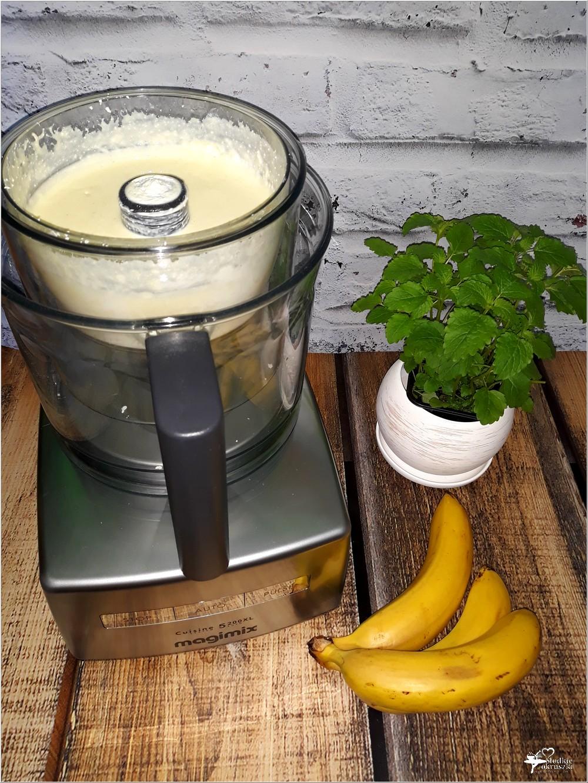 Bananowy sernik z jagodową polewą (na twarogu) (3)