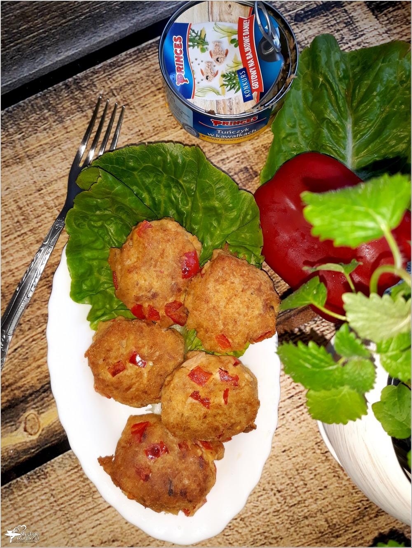 Dietetyczne kotleciki tuńczykowe z papryką (na mące kukurydzianej) (1)