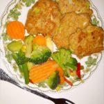 Kotleciki z tuńczyka z miksem warzyw