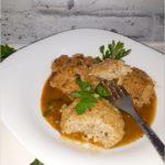 Mięsno-ryżowe kotlety w sosie