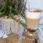 Jesienne latte z miodem i cynamonem