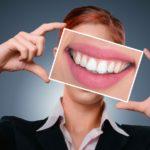 Kobiece tematy. Jak mieć zdrowy i piękny uśmiech?