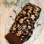 Czekoladowe ciasto z kokosem i kandyzowanymi czereśniami