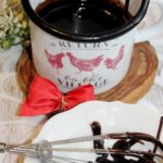 Polewa czekoladowa – babcina polewa do ciast