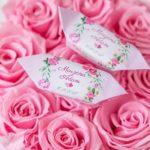 Cukierki ślubne, czyli słodki prezent dla gości weselnych