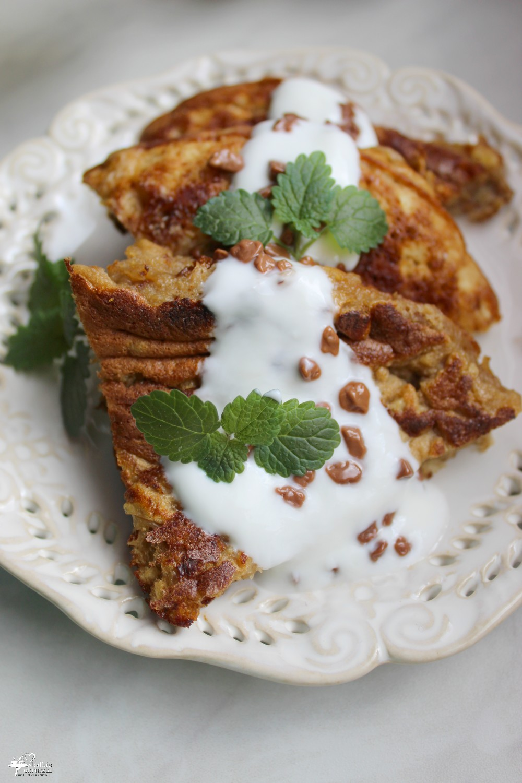 Omlet z syropem daktylowym zdrowe śniadanie