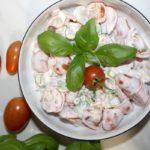 Szybka sałatka z pomidorkami
