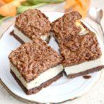 Sernik na czekoladowym spodzie – sernik królewski