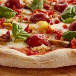Pomidorowy sos do pizzy – dwa proste przepisy