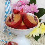 Babeczki z truskawkami (na mleku kokosowym)