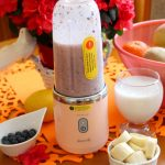 Koktajl na mleku migdałowym i recenzja bezprzewodowego blendera Deerma