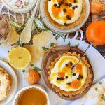 Mini tarty bez pieczenia z serem i mango