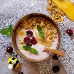 Letnie smoothie bowl