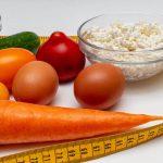 Masz zgagę i od razu sięgasz po leki? Dolegliwości przy refluksie złagodzi odpowiednia dieta!